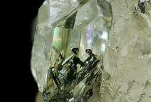 Cristais & Pedras