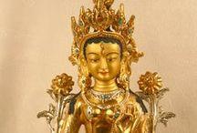 Statues / Buddhist Statues. Buddhistische Statuen. Religionskunst aus Tibet und Nepal