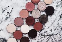 MAKEUP . / makeup ideas and products .