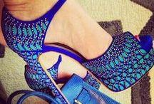 SOES AND HANDBAGS -- zapatos y bolsos