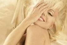 Marilyn / by Julia Bunzel