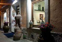 GULLIVER - shop / visioni varie dall'interno e dall'esterno del negozio GULLIVER - via Mentana 6 -Marciana Marina (isola d'Elba)