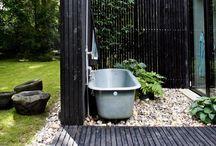 Gardendecoration - Tuin decoraties / Naast bestrating, en beplanting is er zoveel mogelijk in de tuin! Enkele impressies.....