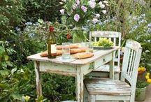 Romance. / (Voir aussi Intérieurs, Jardins, Beaux objets... ) / by Gaëtane Marsot
