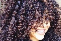 Curly Hair / by Maeva Pandee