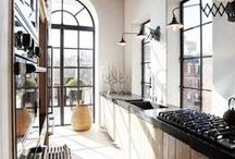 Kitchen remodeling / Perfect, small, sleek, and practical