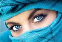 World through your BLUE eyes / I have a weakness for blue eyes!