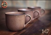 Argilla Pottery / Argilla pottebakkery is 'n eksklusiewe, handgemaakte, ontwerper-potgerei waarin voedsel met styl, direk uit die oond bedien word na die tafel. Die reeks aardse kleure komplimenteer enige kleurskema en al die items is mikrogolfoond en skottelgoedwasser bestand. Argilla Pottebakkery het 'n tydlose styl en produkte van hoogstaande gehalte.