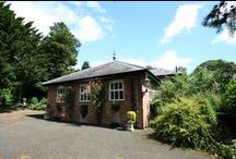 Private clients car garage, Shropshire / Design of car garage for clients private collection of cars