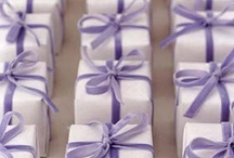 Gift Wrapping Ideas / by Truth Art Beauty