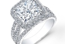Halo Diamond Engagement Rings / The timeless beauty and class of halo diamond engagement rings has made them a popular choice for soon to be brides all over the world. Characterized by a ring of smaller diamonds surrounding a large center stone, halo rings create an inimitable shine!