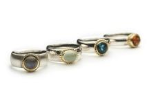 Collections EELZ Jewellery / Collections of jewellery handmade and designed by Eelz, goldsmid Ilse Roelofs - Amsterdam