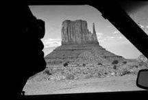 Raymond Depardon - 1942 - / Raymond Depardon (né le 6 juillet 1942 à Villefranche-sur-Saône, Rhône, France) est un photographe, réalisateur, journaliste et scénariste français, considéré comme l'un des maîtres du film documentaire1. Créateur de l'agence Gamma, il est membre de Magnum Photos depuis 1979