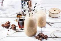 Black&White / Oto nowość Tchibo FOR BLACK 'N WHITE. Kawa o pełnym smaku bez kwaśnej nuty. Zachowuje swój bogaty aromat zarówno, kiedy pijesz ją czarną, jak i po dodaniu do niej mleka. #TchiboBLACK #TchiboWHITE #TchiboPolska