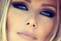 Makeup / cosmetics