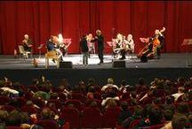 """Concerti per le scuole / """"Piccola storia musicale di Napoli"""", concerto dedicato agli alunni delle scuole elementari e medie.  18 e 19 novembre 2014, Teatro Mediterraneo, Mostra D'Oltremare di Napoli. Foto di KlausBunker."""