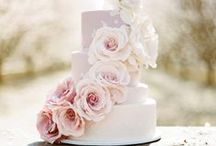 Wedding Cakes & Flowers / by Connie Wilhite