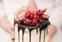 Hochzeitstorten im Herbst / Hier habe ich eine Reihe von zauberhaften & herbstlichen Hochzeitstorten gesammelt. Ganz vorne dabei sind dieses Jahr rustikale Naked Cakes.