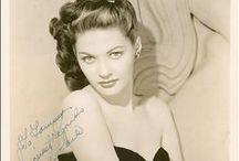 Yvonne de Carlo / 1-9-1922 / 8-1-2007