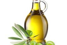 Olive Oil and Vinegars / Study of Olive Oil and Vinegars, especially the best. / by Jamie Szymanski