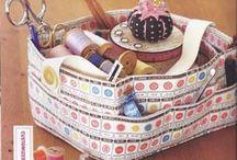 Ideas para el hogar / Una gran variedad de adornos con abalorios,pintura en madera,tarjetas....y muchas cosas mas...espero les guste.. / by Elena Cerna