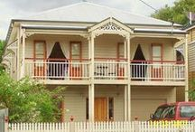 Barambah Traditional / Designed specifically for small inner city lots with a 10m frontage this home is modeled on the large terrace style cottages built in the early 1900s.