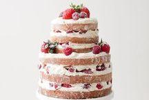 Tartas desnudas / Naked Cake / 'Naked cakes', el postre (de boda) que se lleva Olvida los sables, el fondant y la tarta de pisos porque llegan las 'naked cakes' y las mesas de cookies y bizcochos. Se impone la naturalidad -vogue