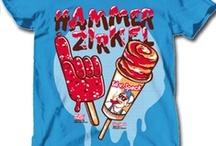 Best of T-Shirts / Die schönsten Shirtmotive aus dem Merchstore. Denn ein T-Shirt wird nur durch einen Druck zu dem was es sein soll. Mode, Statement, cool.