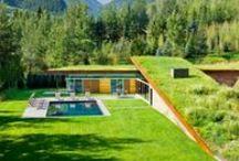 Maison avec toit terrasse / A découvrir les plus belles photos de maisons avec des toits terrasses qui vous apporteront de l'inspiration et des idées d'aménagement.