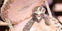 Engagement Rings / Luxury engagement rings for your loved one.