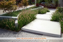 Voortuin / Voortuin, ontwerp & aanleg door Van Sleeuwen Hoveniers - Veghel. Meer voortuinen treft u op www.vansleeuwenhoveniers.nl.