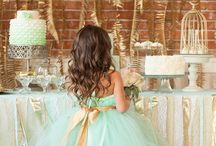 Weddings! / Wedding Planner - everything for your special day! / by Penny Smithey