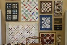 Ideas for small quilts / Quilt Wall | Small Quilts | Decorating with Small Quilts