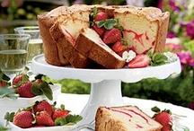 CAKE CAKE CAKE CAKE CAKE CAKE CAKE / All things cake..... I absolutely loveeeee cake!!!!! / by Jordan Valenzuela