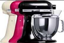 Colour Block Your Kitchen / www.harveynorman.ie