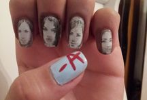 Manicures Featured on PLL / A recollection of the best on screen manicure moments of Pretty Little Liars.