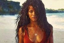 Iconic : Rihanna
