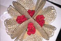 Intagli laser su cartoncino / Raccolta di lavori disegnati ed eseguiti al laser che possiamo utilizzare per creare inviti per eventi, wedding e lavori particolari