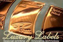 Etichette - labels production / Produzione etichette adesive in rotolo e in fogli, in digitale e in tradizionale. su carta, in saro autoadesivo, in plastica
