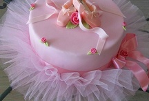 Fabulous Cakes / by Vickie List