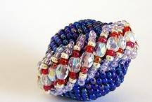 bead Beaded / by Barbara Austin