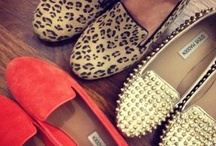 Flats Shoes / by Patricia