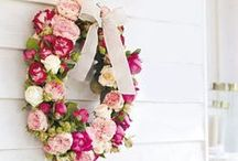 Wreaths / Make your own wreath for all types of seasons with these picks.