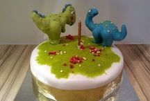 Jonty The Dinosaur Birthday Cakes / January 29th marks Jonty's first birthday and one year since we launched our app (http://ow.ly/I2egp). To celebrate this we have made some cakes to look like Jonty and his best friend, Bronty.  We had great fun making these cakes and hope that they give you some inspiration to try it out for yourself.