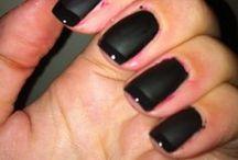 #Nails  / Das ultimative Mittel gegen Langweile: Nägel lackieren :)