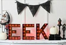 Halloween Lights / Perfect ideas and inspiration to light up your Halloween!