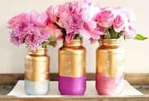 Magnificent ways to use mason jars / Mason Jars are a timeless pretty jar and the uses are endless. Lighting, plants, candles, stationary or utensils, whatever you decide to do with your Mason Jars we are collecting some pretty ideas.
