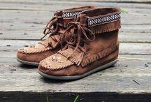Shoes / by Hannah Adams