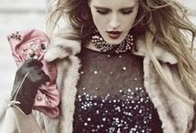 Party & Night / Party looks, formal gowns and holiday outfits