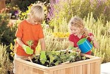 Gardening with Kids / Tips, ideas and resources for gardening with children.